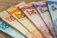 Übersicht Münzen und Banknoten der Währung Brasilianischer Real
