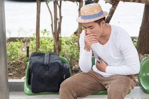 Was bei einer Krankheit auf Reisen zu beachten ist