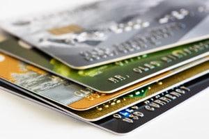 Kreditkarten mit Reiseversicherung bietem dem Karteninhaber umfangreichen Versicherungsschutz auf Reisen ins Ausland