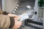 Geldautomaten im Ausland sind meist mit einem Verfügungslimit ausgestattet