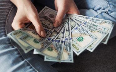 Um Bargeld auf Reisen sicher zu transportieren sollte der Aufbewahrungsort bedacht gewählt werden