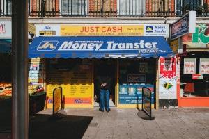 Durch Transferbueros laesst sich die Geldversorgung im Urlaub aufrecht erhalten