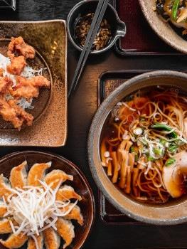 Gute Restaurants finden ist nicht immer leicht. Ein paar Apps sowie das Nachfragen bei Einheimischen erleichtern die Suche nach dem perfekten Dinner