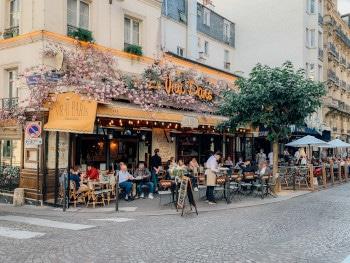 Den besten Tipp für leckere Restaurants haben in der Regel die Einheimischen parat. Sie wissen wo man vor Ort gut und auch günstig essen kann.