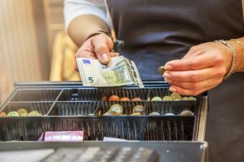 Vor der Pandemie war Bargeld das am häufigsten verwendete Zahlungsmittel in Deutschland